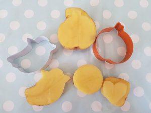 halloween biscuit cutters