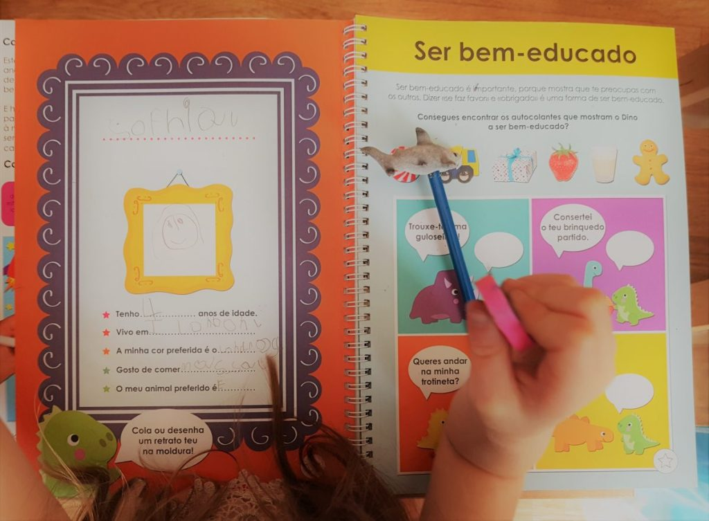 Portuguese-School-Role-Play-Language-Learning-at-Home-2-sophia
