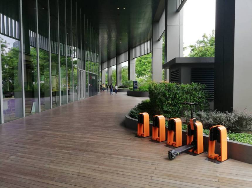 Singapore-based Electric Scooter sharing Startup Neuron Wows CES at Science Park first last mile connectivity EV rental
