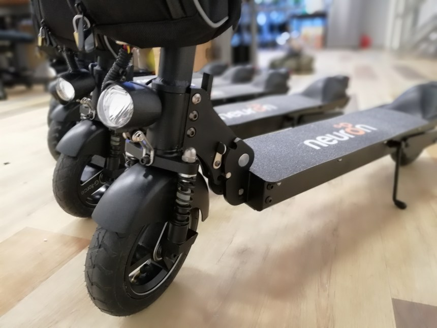 Singapore-based Electric Scooter Startup Neuron Wows CES Crowd deliveroo on-demand start up