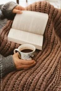 Leggere un libro a volte è la scelta migliore che possa fare.