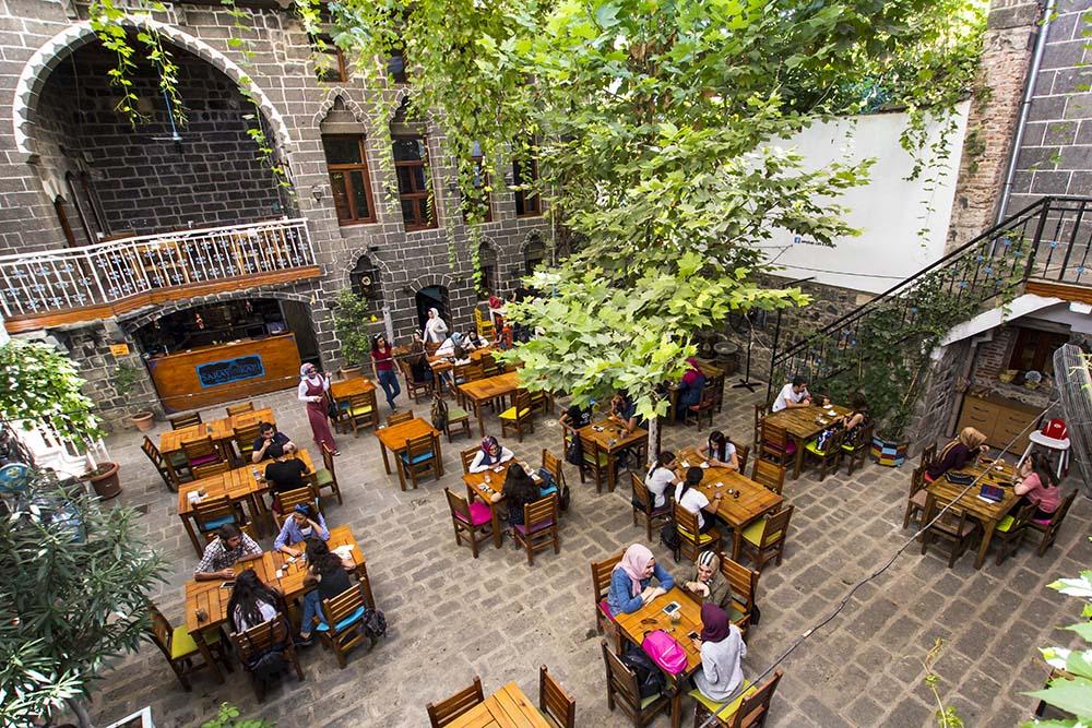 Diyarbakır City Guide