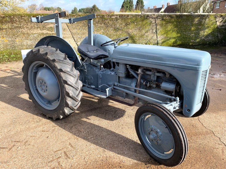 RESTORED 1952 FERGUSON TE20 FOR SALE AT MOTODROME