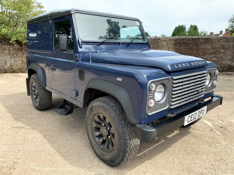LAND ROVER DEFENDER 90 2.2tdcI HARDTOP FOR SALE AT MOTODROME
