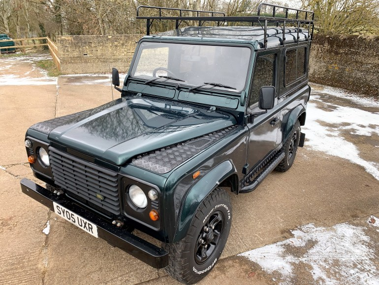 2005 LAND ROVER DEFENDER 90 TD5 6 SEATER FOR SALE AT MOTODROME THE CLASSIC LAND ROVER SPECIALIST