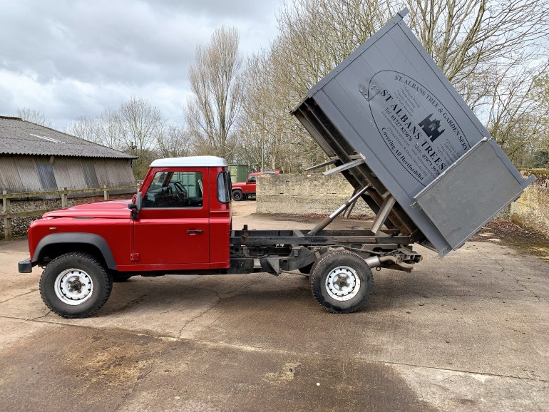 2013 LAND ROVER DEFENDER 130 2.2TDCi CHASSIS CAB TIPPER FOR SALE AT MOTODROME THE DEFENDER SPECIALIST