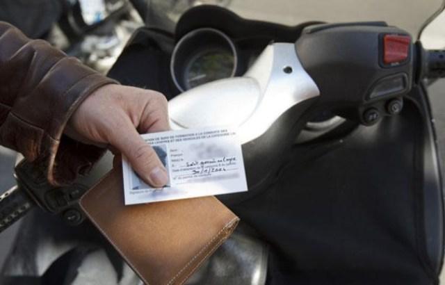 648x415_paris-01-juillet-2013-illustration-certificat-suivi-formation-a-conduite-motocyclettes-legeres-vehicules-categorie-l5e