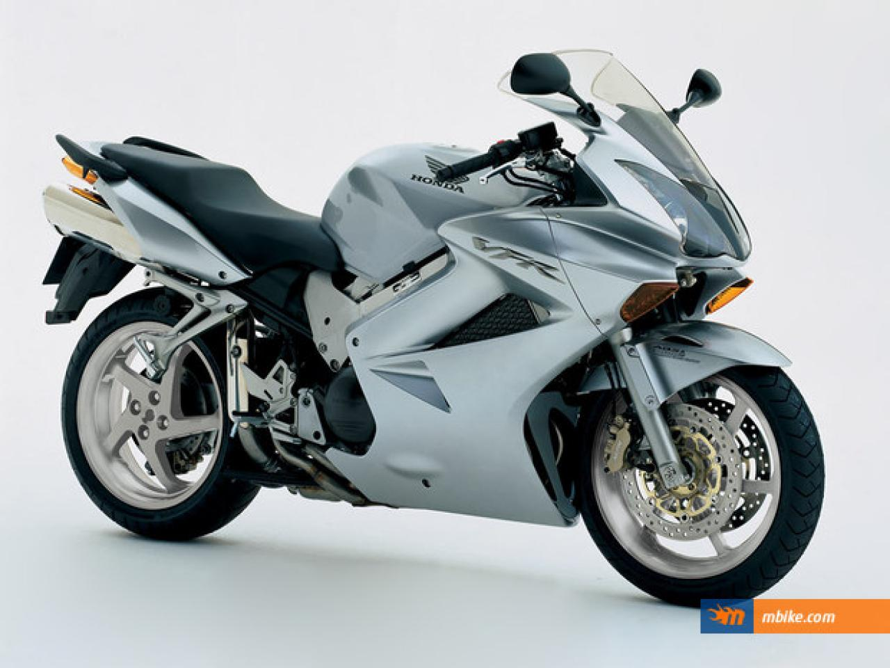 Interceptor Honda 2004 Vfr800