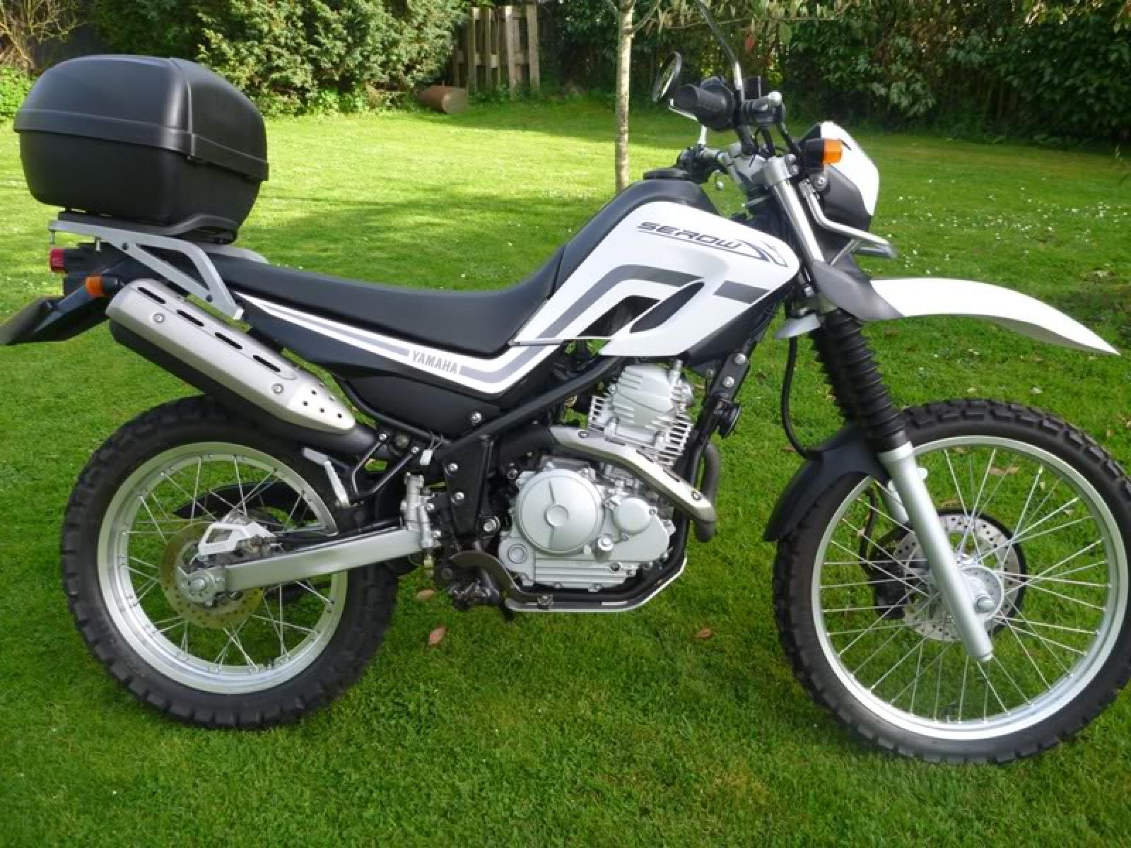 2011 Yamaha Serow 250 - Moto.ZombDrive.COM