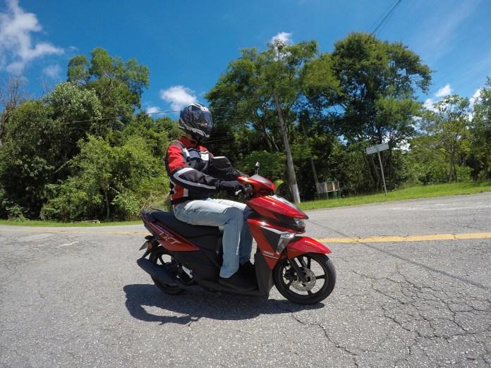 Test-Ride-Yamaha_Neo_125_UBS-R-Revista-moto-adventure-12