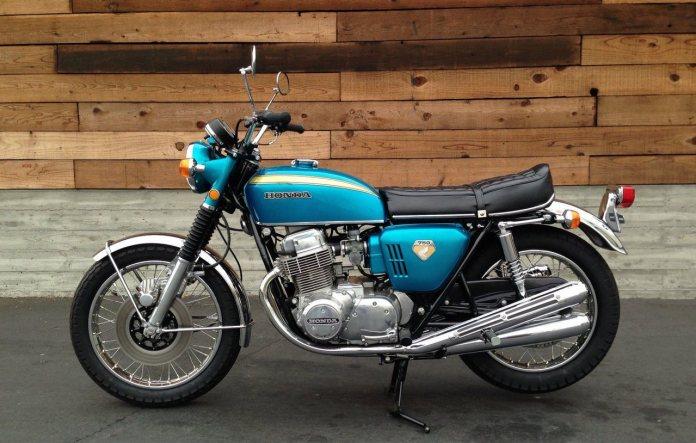 Honda-CBR-750-motocliceta-classica-linha-K-sete-galo