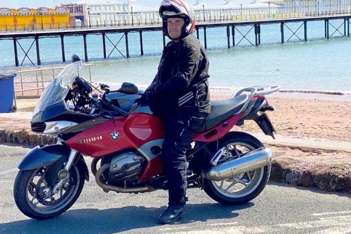 andy-bronw-e-sua-bmw-r-1200rt-moto-adventure