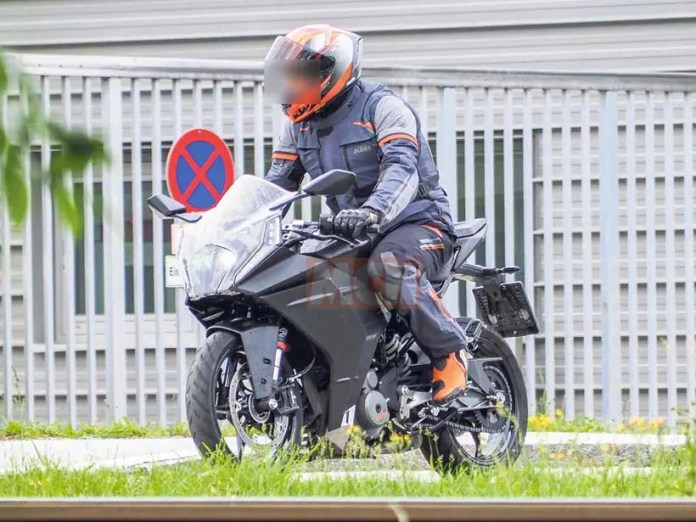 ktm-rc-390-2021-fotos-espiãs-moto-adventure