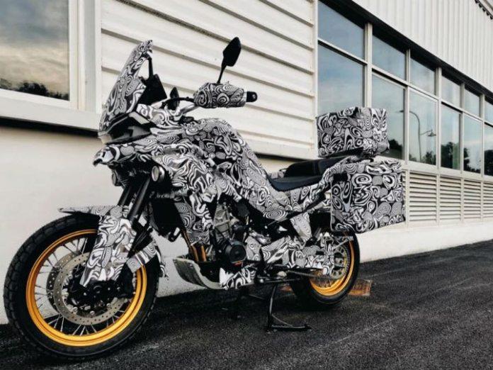 cf-moto-800-mt-moto-adventure
