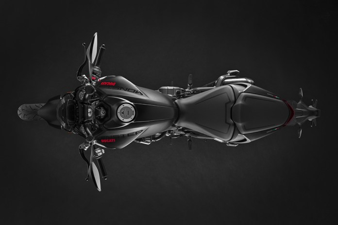 ducati-apresenta-a-nova-monster-2021-moto-adventure