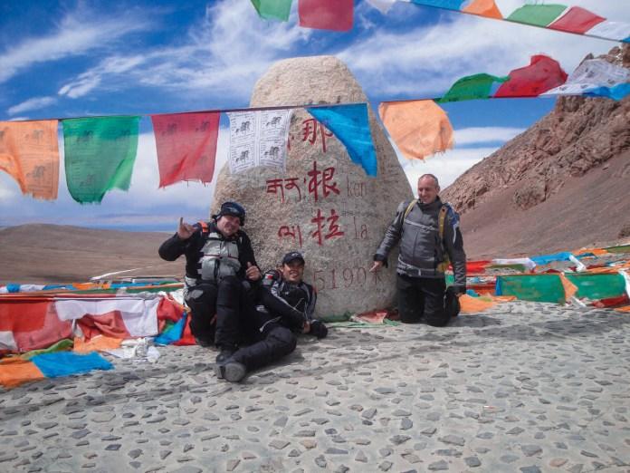 on-the-road-tibete-em-duas-rodas-primeiro-chegar