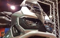 MotoADVR_HondaAfricaTwinNoseSilver