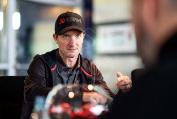 Akrapovič nomme Colin Edwards son premier motard ambassadeur de la marque