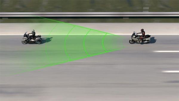 BMW Motorrad : Nouveau régulateur de vitesse actif Active Cruise Control (ACC)