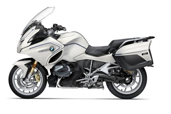 P90402238_highRes_the-new-bmw-r-1250-rt 2021