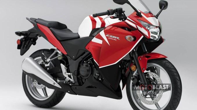 Honda_CBR250R_Red-new-striping3