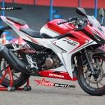 all new CBR150R RED ducati motoblast