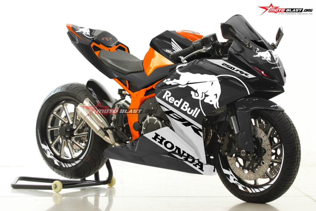CBR250RR-KTM REDBULL MOTOGP-PROTOTYPE