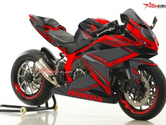 CBR250RR-BLACK RED CARBON