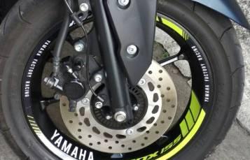 Inspirasi ringan percantik Yamaha Aerox 155 dengan rim stiker velg