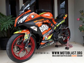 NINJA 250R FI AGV PISTA SHARK ORANGE VERSION - testimonial motoblast-4