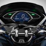 Honda-PCX-Hybrid-07