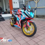 CBR150R ULTRAMAN GINGA24