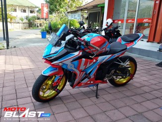 CBR150R ULTRAMAN GINGA6