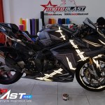 modifikasi-cbr250rr-blackpanther-motoblast60