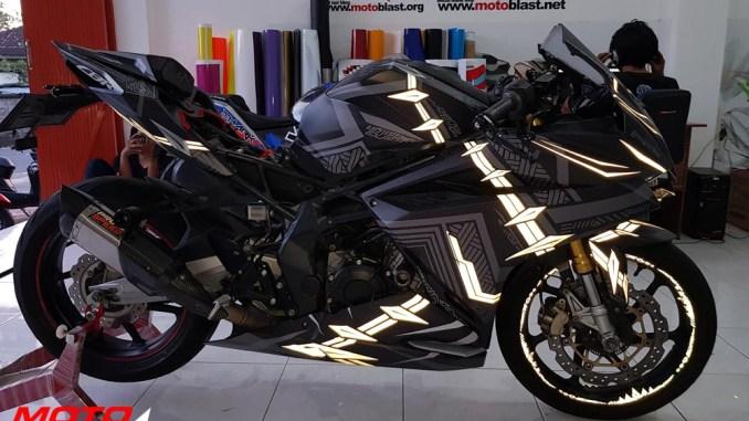 modifikasi-cbr250rr-blackpanther-motoblast60