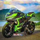 NINJA 250R FI BLACK CARBON GREEN1
