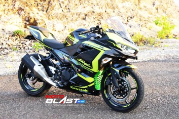 NINJA 250R FI BLACK CARBON GREEN2