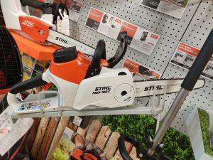 Tronçonneuse Stihl et outils de jardin sur batterie chez perramant à Landerneau et Morlaix