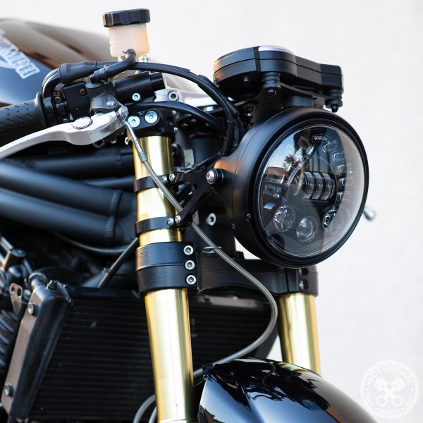 MOTODEMIC Speed Triple Single Headlight Adaptive