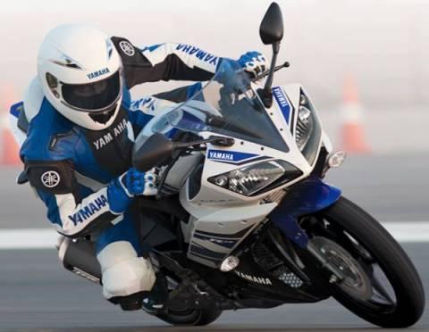 R15 racing2