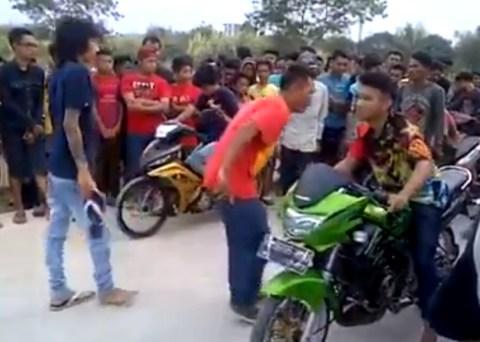 illegal dragbike Indonesia