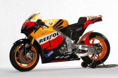 810725207_XAxXV-M - Apresentação da Honda Repsol RC212V 2010
