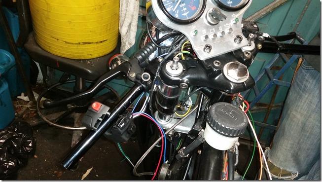 (Dash) Lights…(My) Camera…(In)Action… | Moto Guzzi V50 Cafe Racer