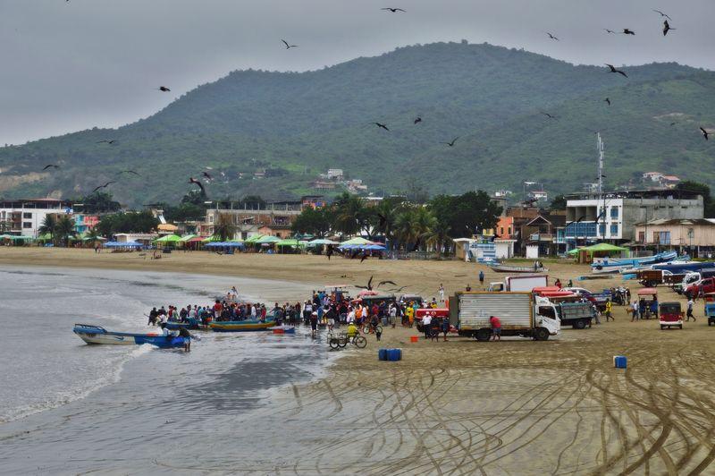 Пляж в Пуэрто Лопес