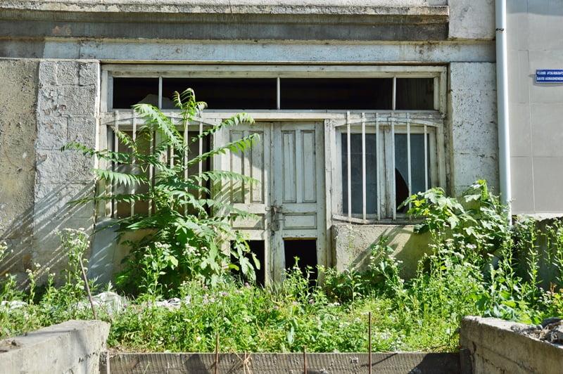 заброшенное здание в Читатуре