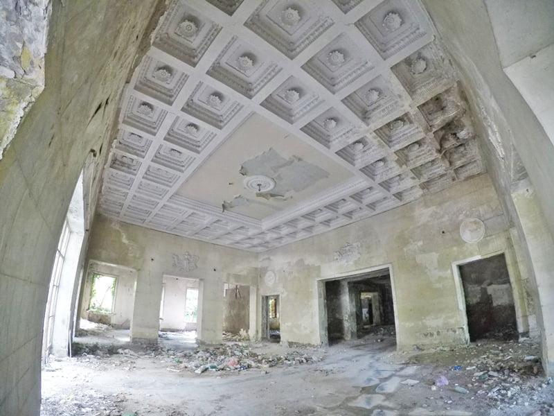 обеденный зал бывшего санатория