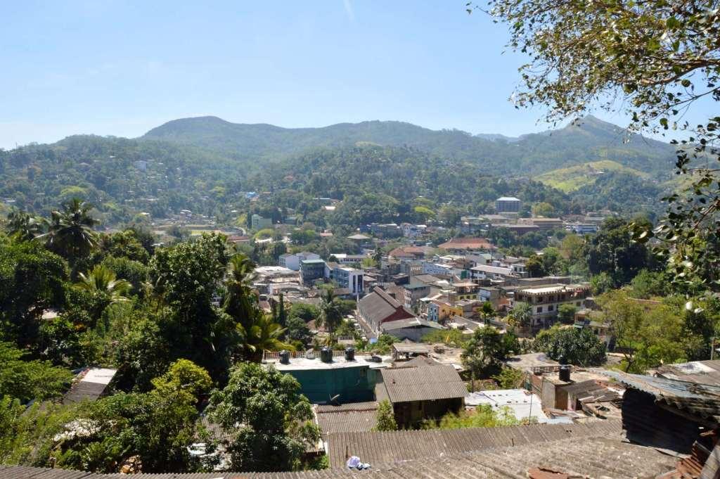 Холмистая местность на Цейлоне