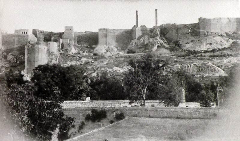 Урфийский замок