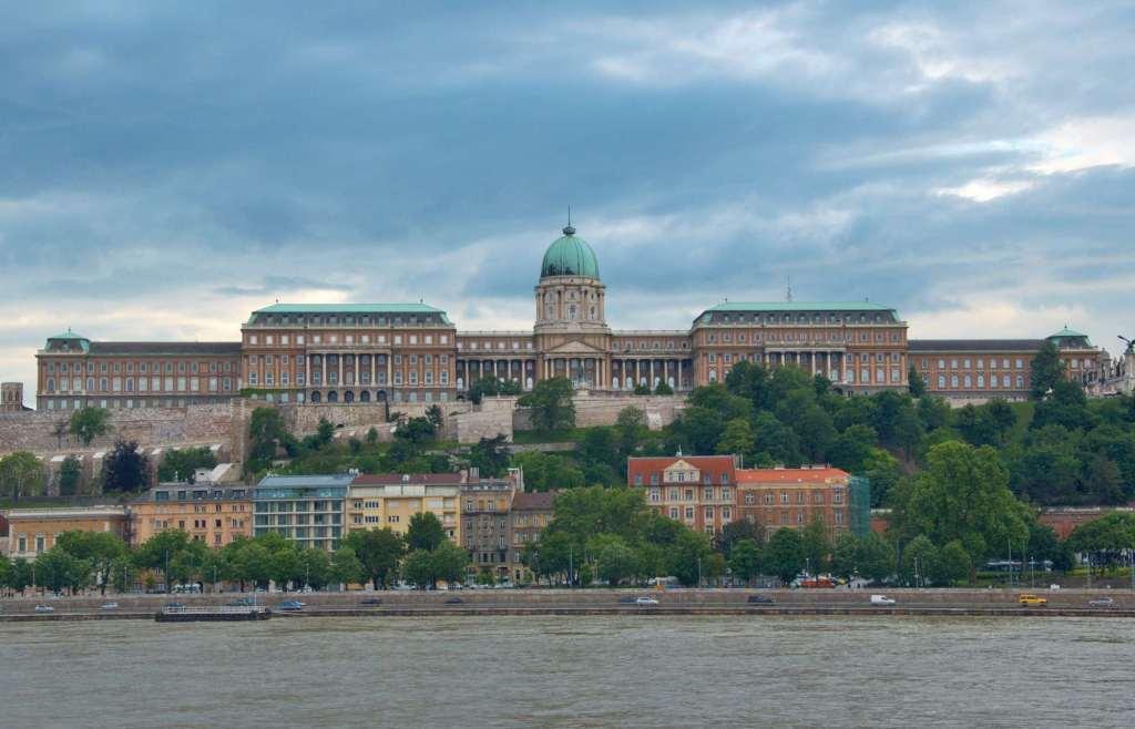 Дворцовый комплекс в Европе