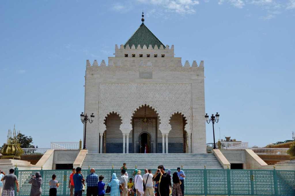 Арабская архитектура из белого камня